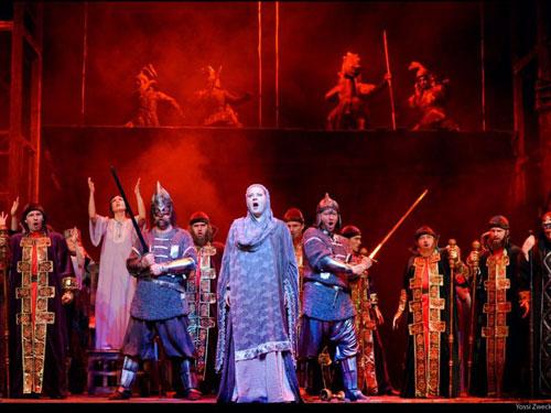 תמונת הסיום של המערכה הראשונה (צילום: יוסי צבקר)