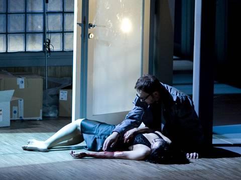 """אורפיאו מוצא את אאורידיצ'ה מתה (תמונה: יח""""צ)"""